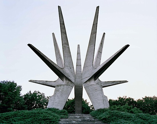 Spomenik_03.jpeg