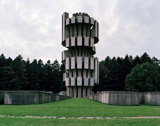 Spomenik_06.jpeg